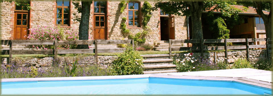 la piscine et notre maison